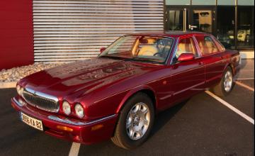 Jaguar Sovereign V8